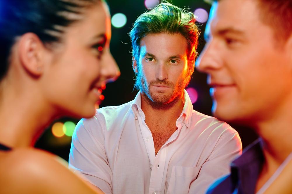 άπιστη γυναίκα dating δωρεάν iOS γνωριμίες εφαρμογές