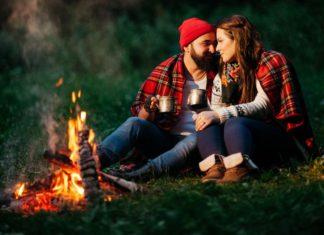 Μυστικά του φλερτ για άντρες: Εντυπωσίασε την με μια ιστορία