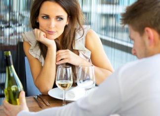 6+1 λάθη που κάνεις στο ραντεβού και διώχνουν τους άντρες